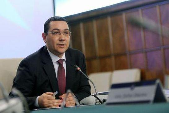 A szociális gondozók fizetését is növelné Victor Ponta