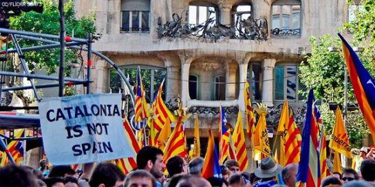 A Junts pel Sí (Együtt az igenért) függetlenségi párttömörülés nyerte a vasárnapi katalán parlamenti választásokat