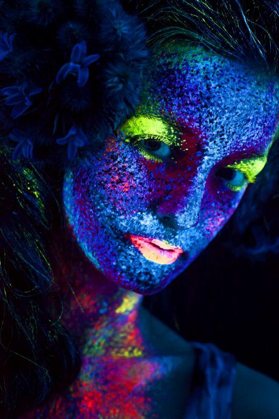 Flora – arcok, maszkok, titkok, szépség – interjú Simon Norbert fotóművésszel