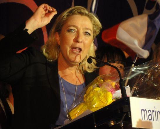 Élre tör a szélsőjobb Franciaországban