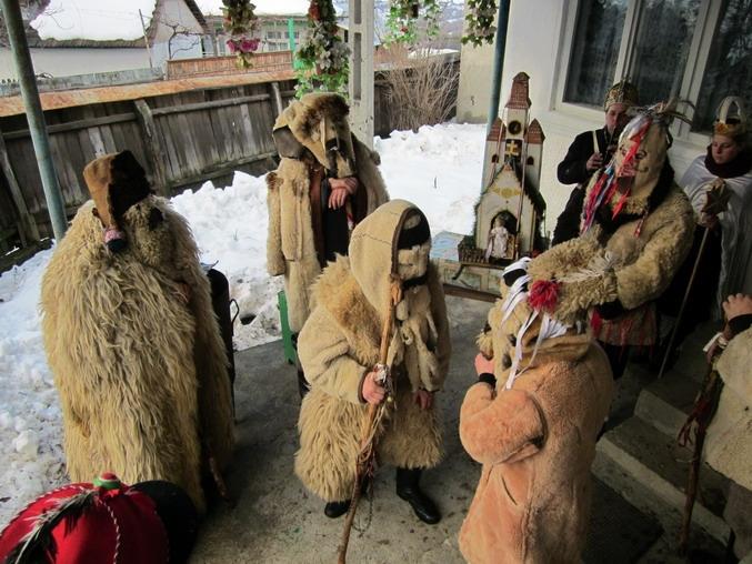 Borzsovába látogattak a csíkcsobotfalvi betlehemesek