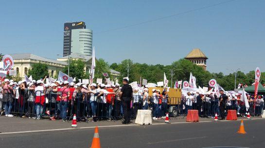 Egészségügyiek tüntetnek Bukarestben