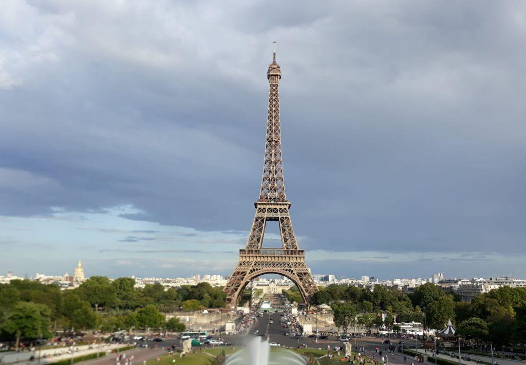 Franciaországban és Spanyolországban enyhítő intézkedéseket vezetnek be