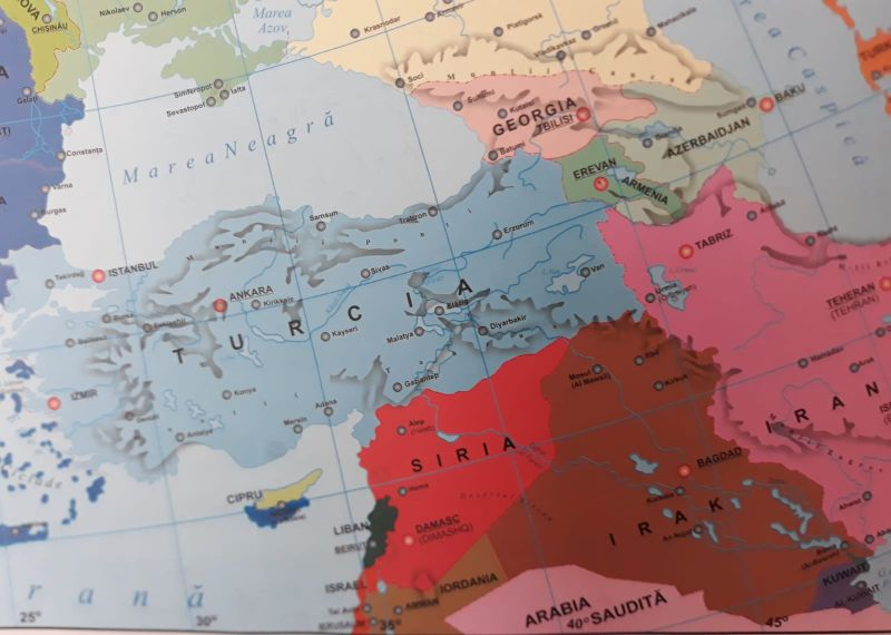 Baku szerint az örmény erők ballisztikus rakétákat vetettek be, Jereván