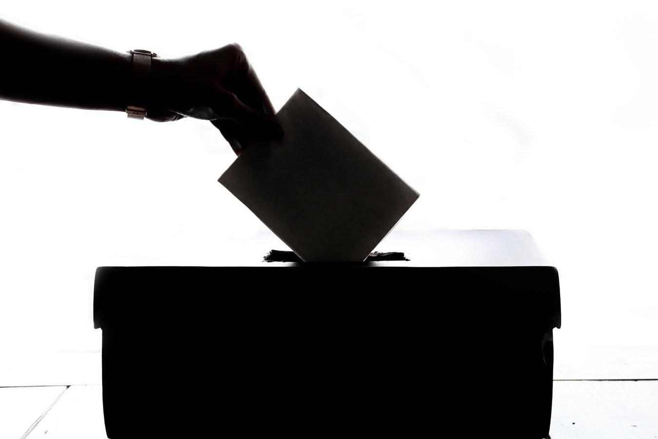 Tájékoztató kampány a decemberi parlamenti választásokról