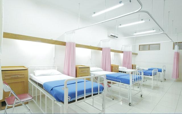 Kórház lesz, személyzet kevésbé