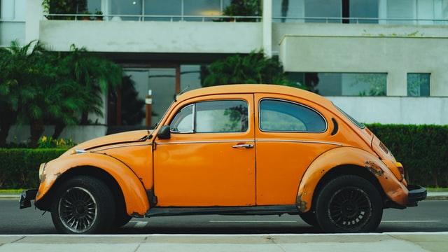Egyszerűsítenék a gépjárművek beíratásának procedúráját