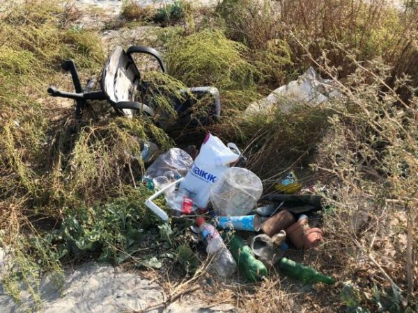 Illegális hulladéklerakatok Bukarest körül