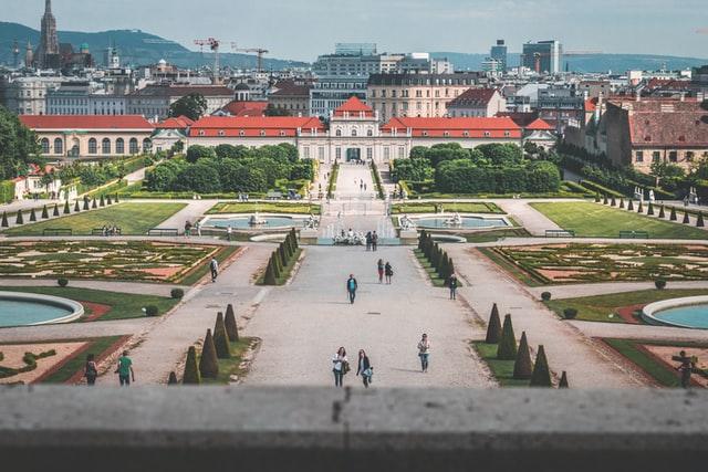 Marad a baloldal, hatalmasat bukott a szélsőjobb Bécsben